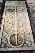 Placa funerară de pe mormântul lui Avram Iancu la Ţebea